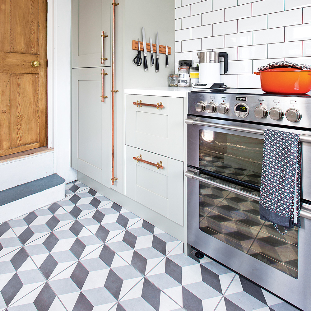 WHY TILES ARE THE BEST FOR KITCHEN FLOORS?