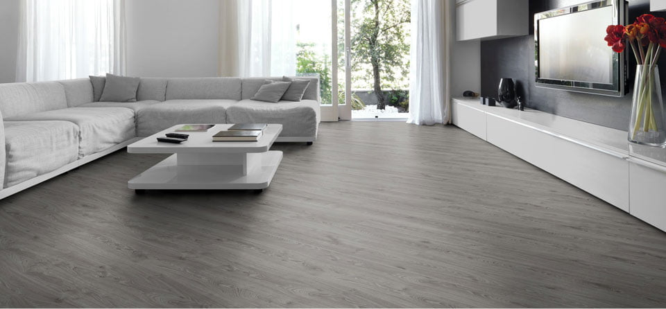 In-Depth Comparison of Laminate and Engineered Wood Flooring